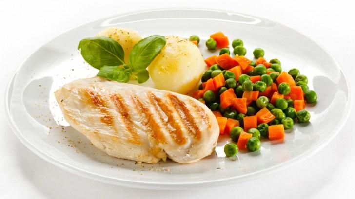 нежирная рыба, овощи, лимон