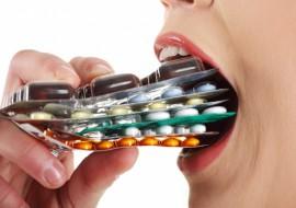 Тонкости лечения прыщей антибиотиками