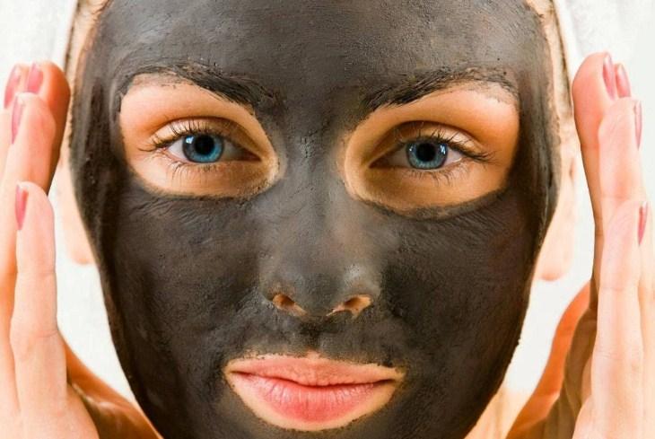 маска с углем