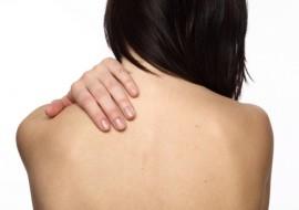 Прыщи на спине: причины появления и способы устранения
