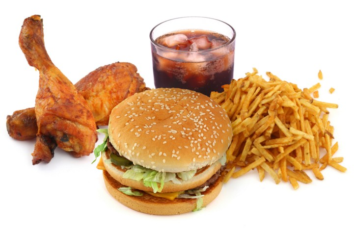 вредная пища и прыщи