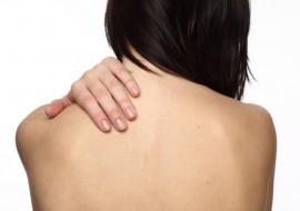 Как избавиться от прыщей на спине: самые эффективные решения